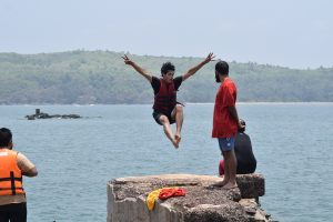 Cliff diving before gokarna beach trek