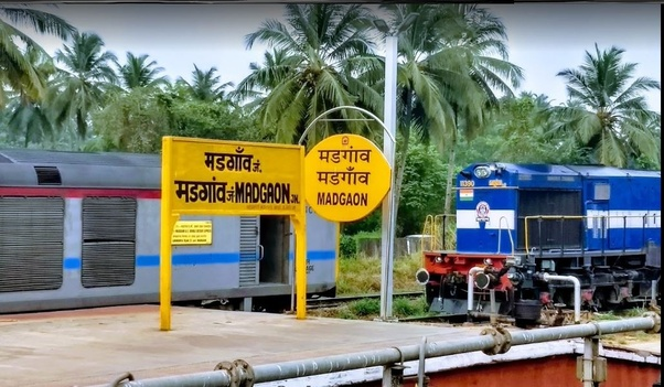 How to reach Dudhsagar waterfalls from Mumbai