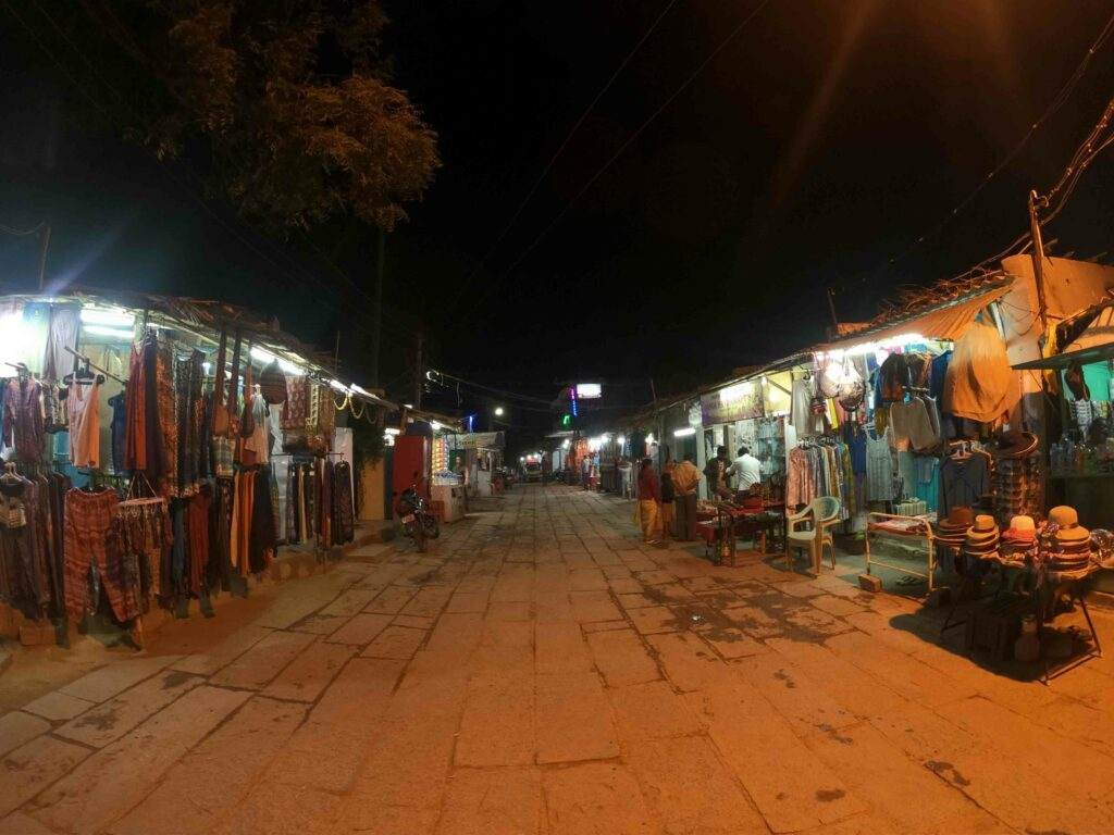 one of the things to do in Hampi is street shopping