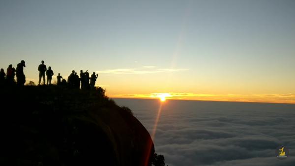 Sunrise view from the top of skandagiri