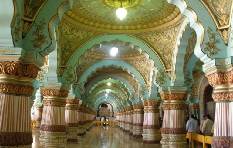 Jaganmohan Palace is one of the best places to visit in Mysore