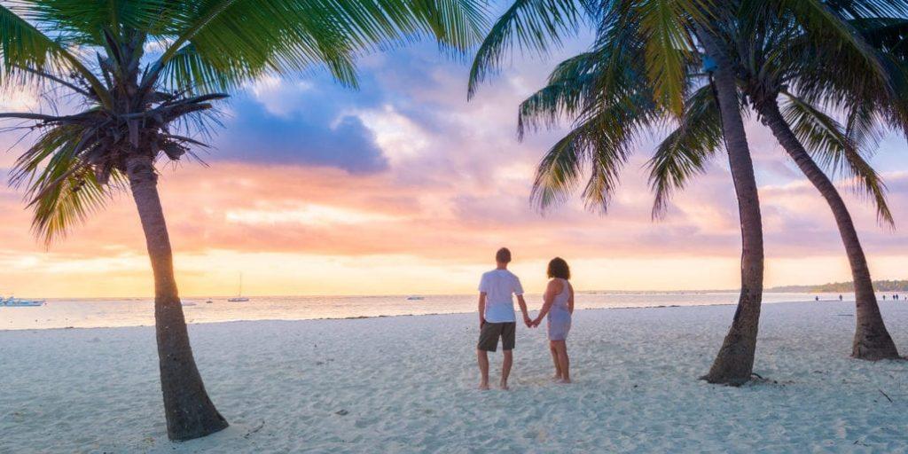 A honeymoon couple in Kerala
